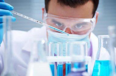Elementos químicos – Nomes em inglês e em português (com pronúncia)